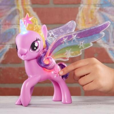 Фигурка My Little Pony Искорка Твайлайт Спаркл с радужными крыльями, e2928 Hasbro