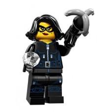 Похитительница драгоценностей, 71011 минифигурка 15-я серия Lego