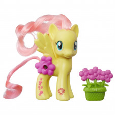 Пони Флаттершай с волшебными картинками My Little Pony, b5361 Hasbro