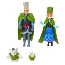 Мини-куклы - Анна и Кристоф с фигурками троллей, DFR79 Mattel